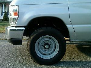 wheel well after springs before tires.jpg