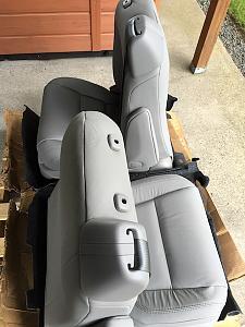 2. Sienna Seats.jpg