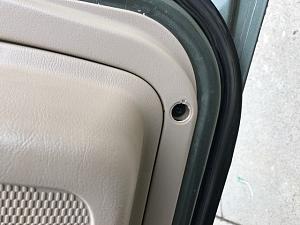 Click image for larger version  Name:van door panel.JPG Views:13 Size:73.8 KB ID:14275