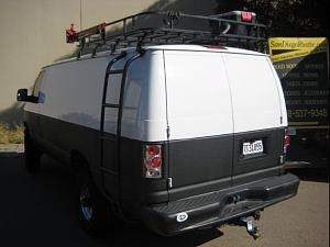 04 Ford E350 extended body 6.0 Diesel.jpg