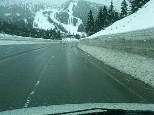 SPOMO SNOW.JPG