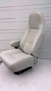 seat1b.jpg