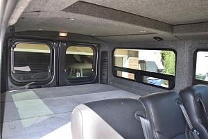 Click image for larger version  Name:rear bed door 2.jpg Views:45 Size:102.8 KB ID:23785