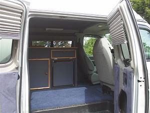 2006 Ford E 350 diesel Quigley 4x4 003.jpg