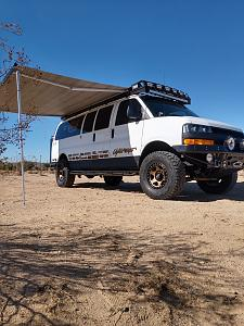 Click image for larger version  Name:chevrolet express stealth aluminum roof rack.jpg Views:30 Size:103.0 KB ID:23948