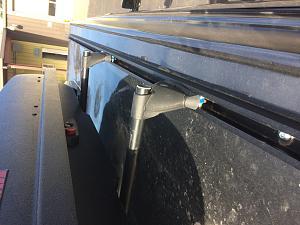 yak rack on uni strut..jpg
