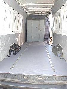 interior cargo.jpg