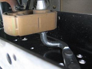Frame attachment for muffler.JPG