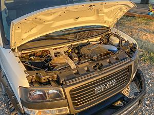 GMC van engine.jpg