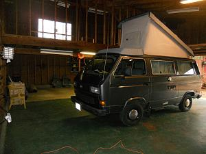 Click image for larger version  Name:Westy popped in garage.jpg Views:3 Size:124.1 KB ID:36168