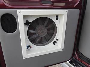 rear door fan1.jpg