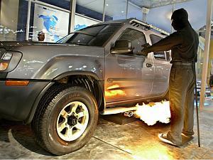 flame-thrower-car-2.jpg