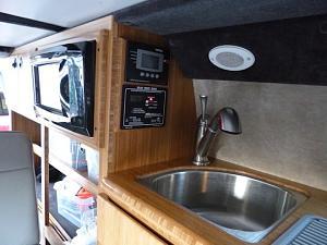 Sink, charging, microwave.JPG