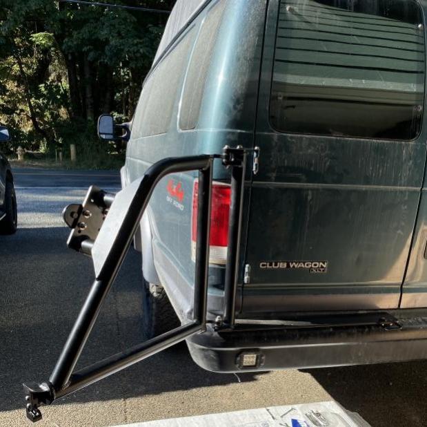 Tire Carrier Open (2)