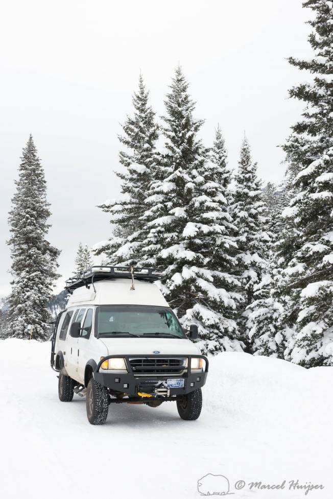 DSC2080 Camper van  near Round Prairie, Yellowstone National Park, Wyoming, USA 3