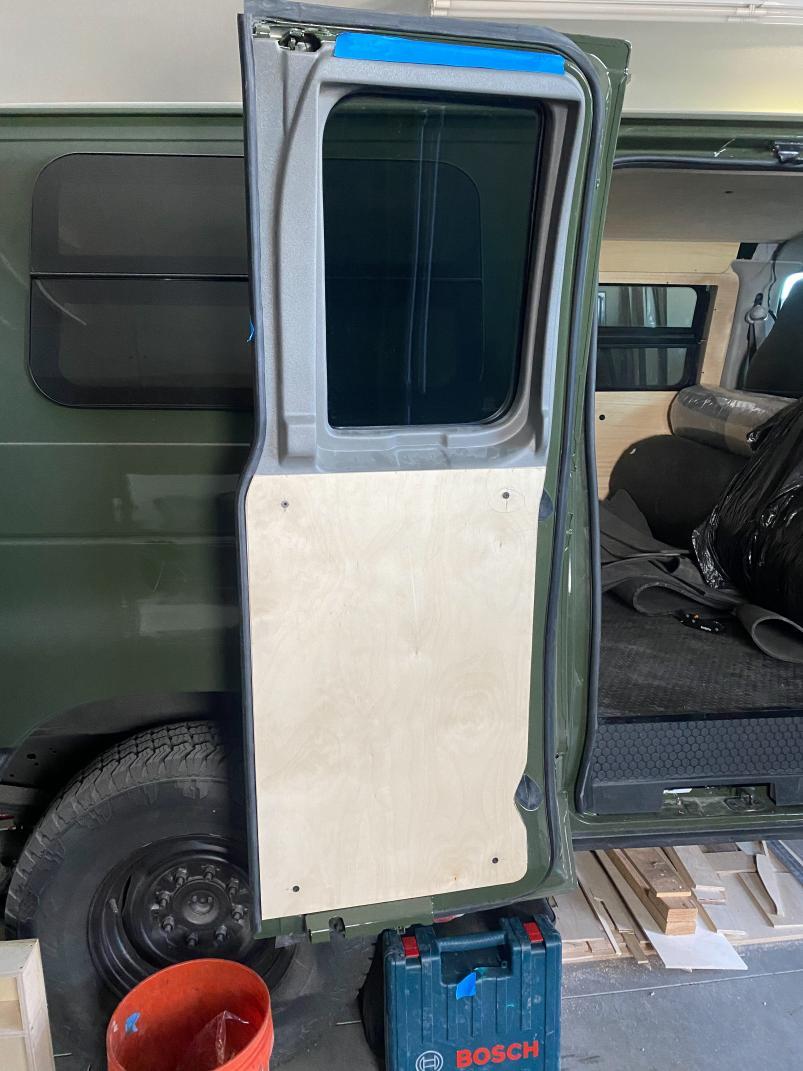 Side 40 Door Panel