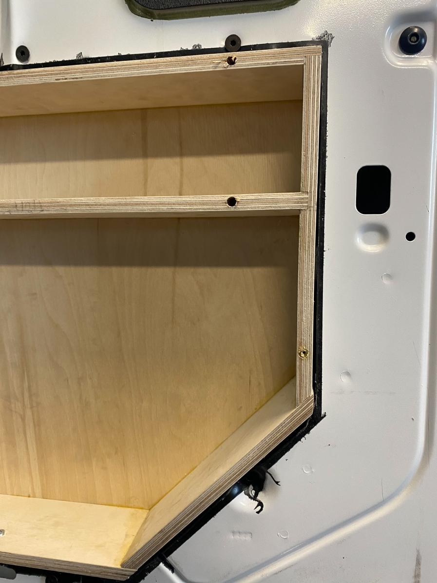 Side 60 Door Box w/ Inserts