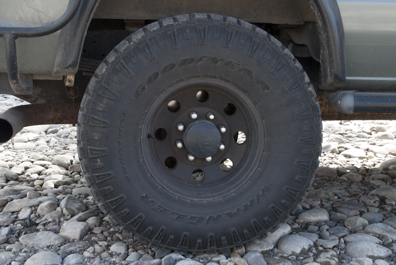 Goodyear Duratracs, 315/75 R16