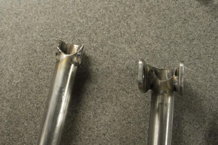 Both lift bars before the repair