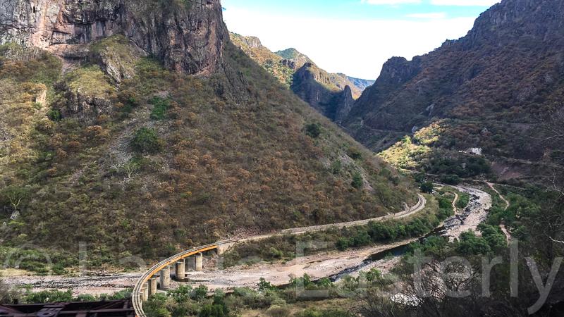 Train line to El Fuerte