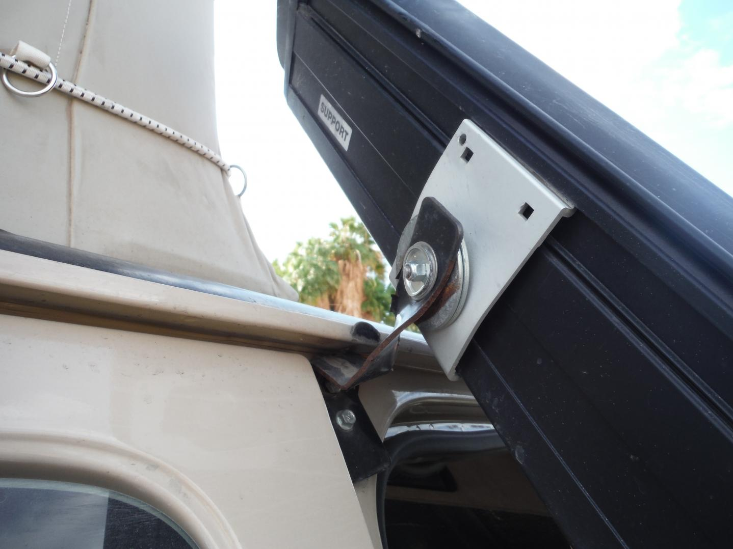DSCF8198 One bolt held.