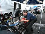 A fueler, tom working on mags