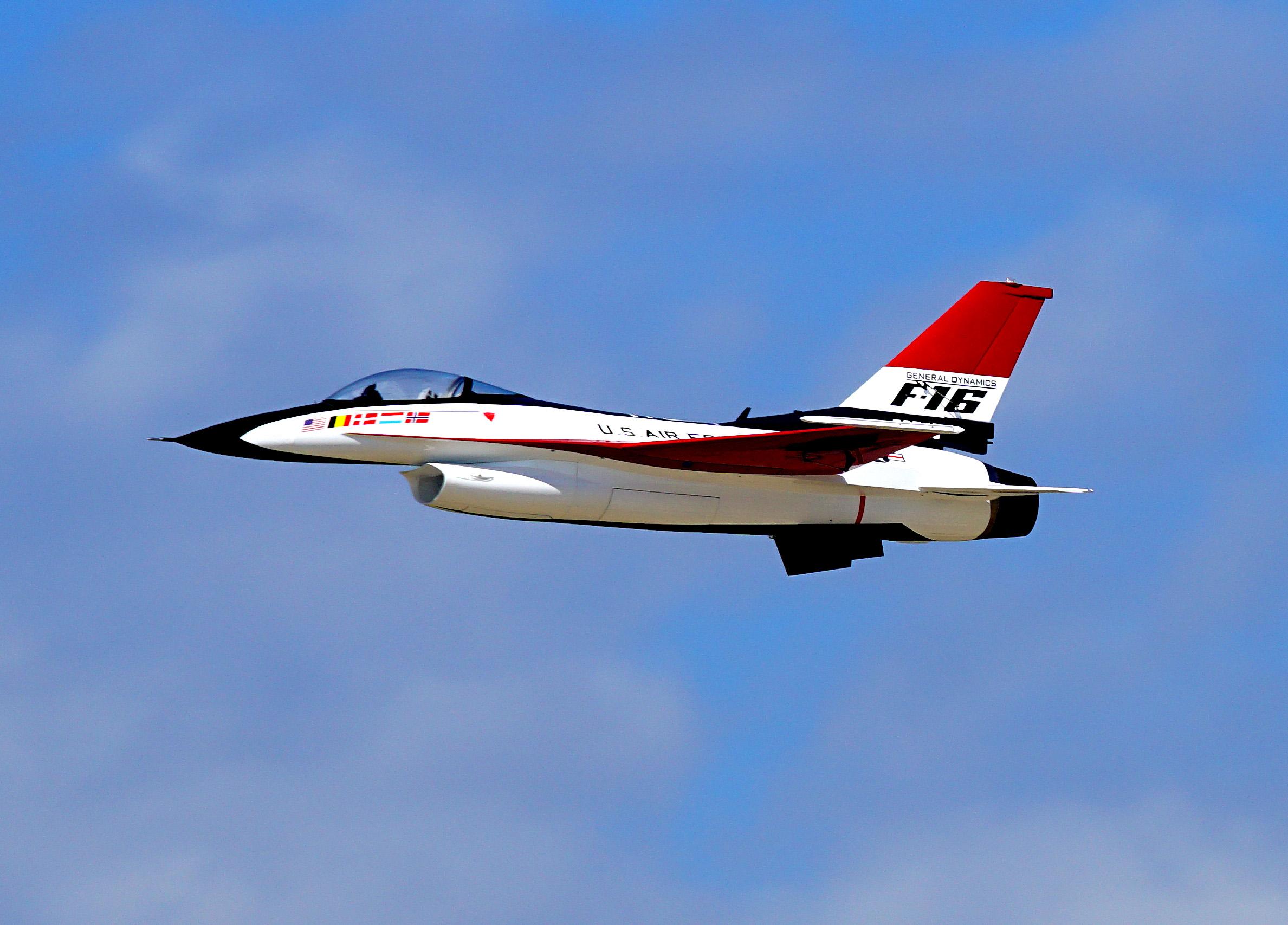 DSC01328P NASA runway CLNB