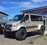 Mercedes Sprinter lifted (2)