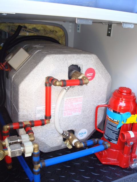 Diagnosing and fixing a thermocouple problem. Inside the burner compartment of your gas water heater, right in front of the pilot light, is a small metal cylinder